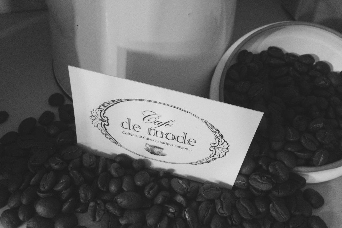 Coffee and Cake at Cafe De Mode - Ballon, Carlow