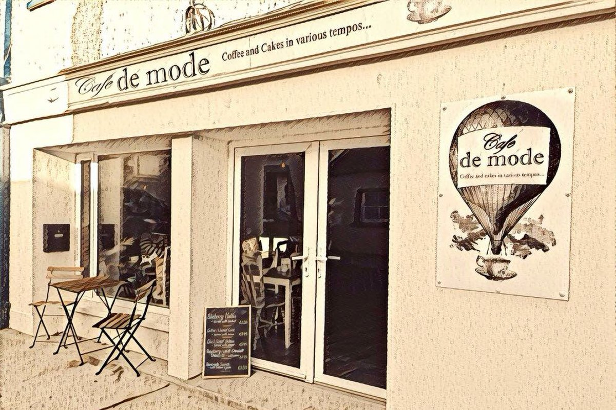 Coffee and Lunch time snacks at Cafe De Mode - Ballon, Carlow